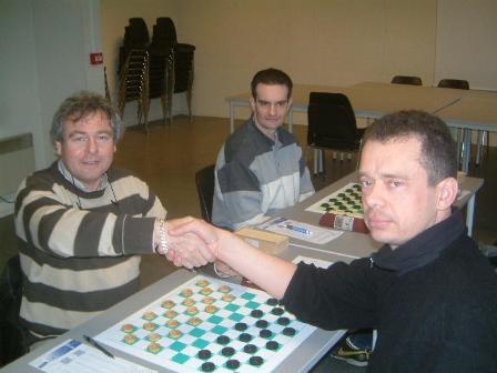 jeux de contact Le Blanc-Mesnil